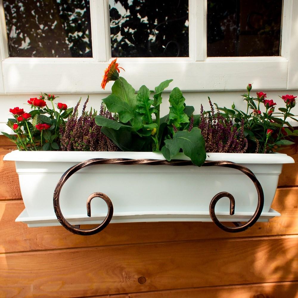 Подставка подвесная для цветов.