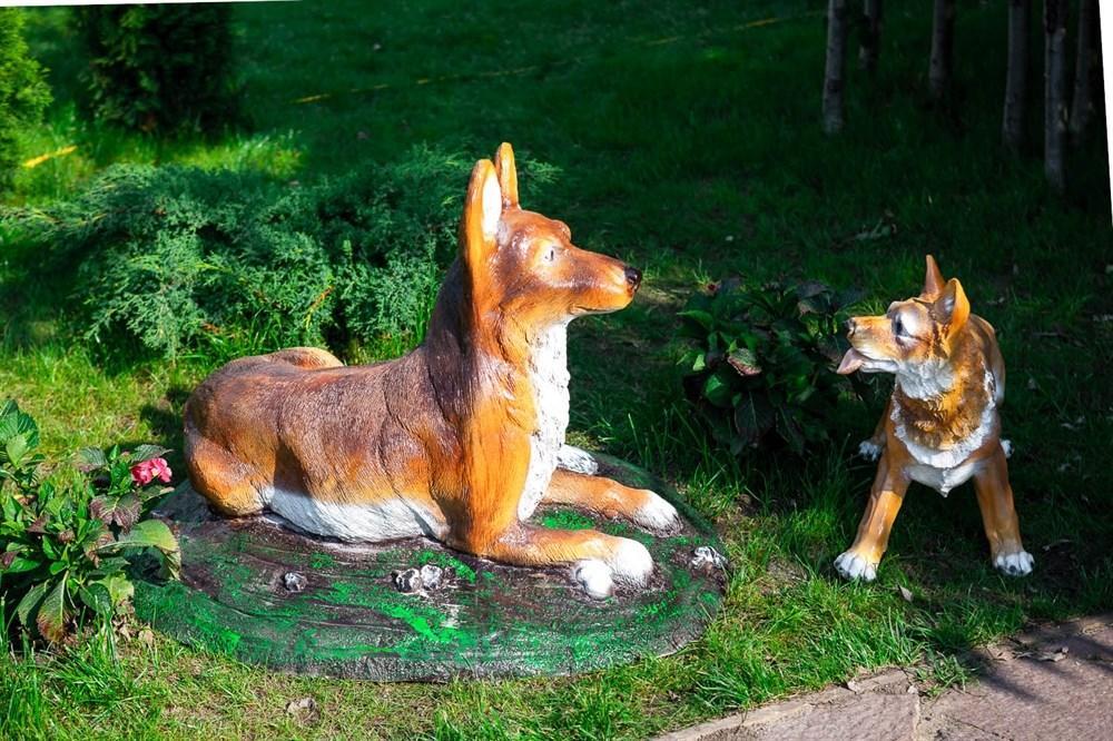 Фигура Собака для сада и дачи