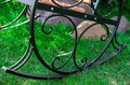 Кресло качалка из металла - фото 37156